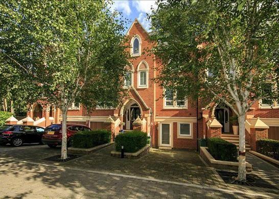 Thumbnail Property to rent in Pomeroy Close, Twickenham, Surrey
