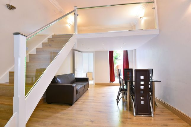 Livingroom of Trebovir Road, London SW5