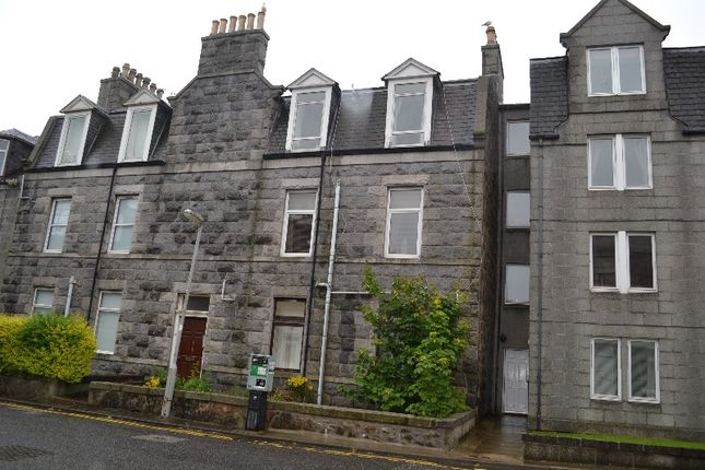 2 bed flat to rent in Claremont Street, West End, Aberdeen