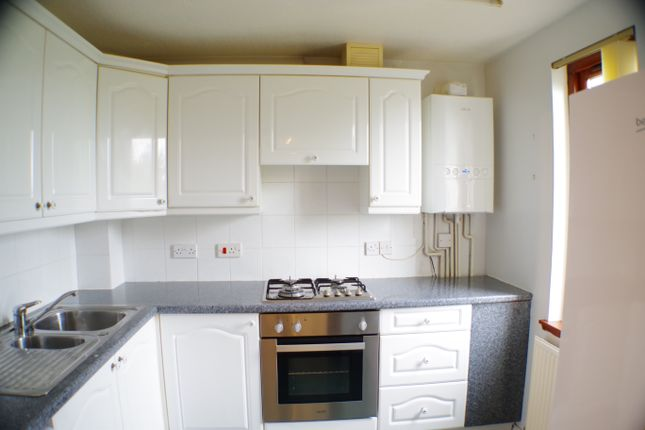 Thumbnail Flat to rent in Lochgelly Road, Cowdenbeath