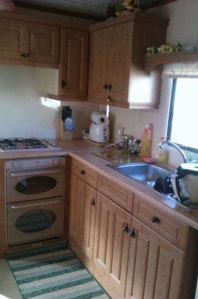 2 bed mobile/park home for sale in South Beach Road, Heacham, King's Lynn