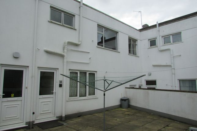 Thumbnail Flat to rent in Maker Road, Torpoint