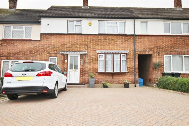 Thumbnail Terraced house for sale in Poplar Shaw, Waltham Abbey, Essex
