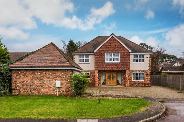 6 bed detached house for sale in Badgers Lane, Warlingham