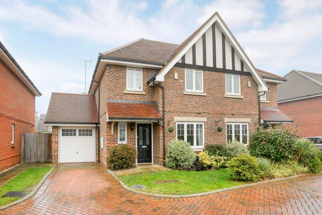 Thumbnail Semi-detached house to rent in Woodside Gardens, Marlow