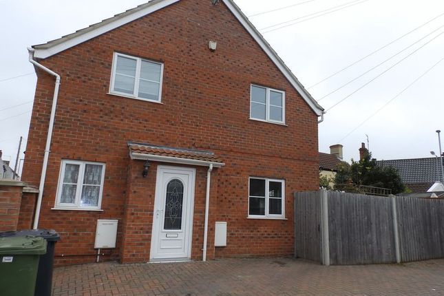 Thumbnail Semi-detached house to rent in Englands Lane, Gorleston, Great Yarmouth