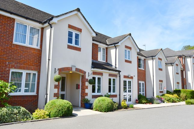 Thumbnail Property for sale in Pheasant Court, Holtsmere Close, Watford