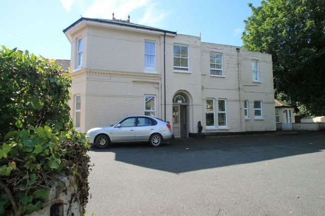 Thumbnail Flat for sale in Victoria Avenue, Shanklin, Isle Of Wight.