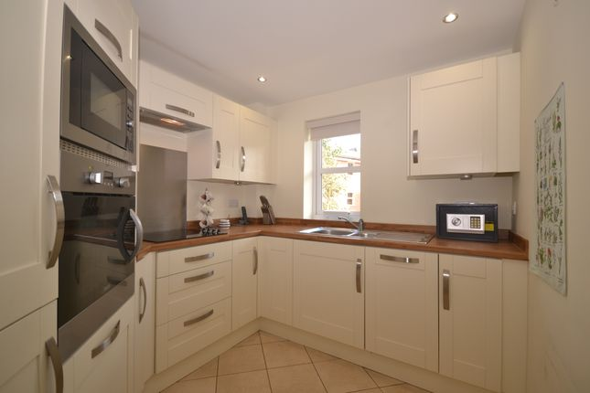 Thumbnail Flat for sale in High Street, Wolstanton, Newcastle-Under-Lyme