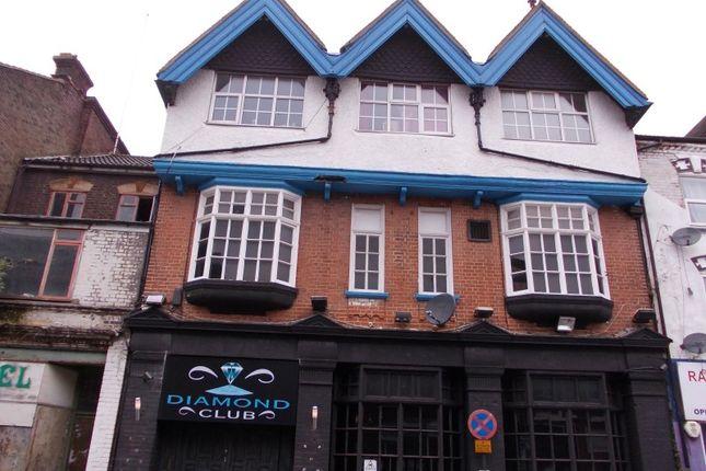 Thumbnail Pub/bar for sale in Cheapside, Luton