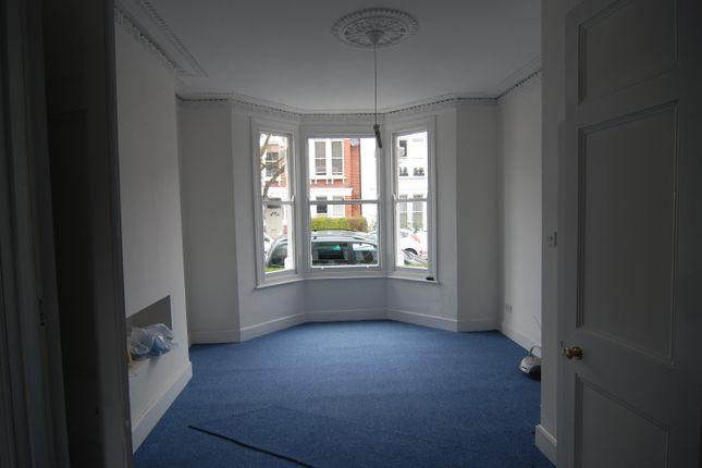 Thumbnail Flat to rent in Tantallon Road, London