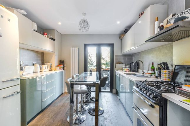 Thumbnail Flat to rent in Woodland Gardens, Muswell Hill, London