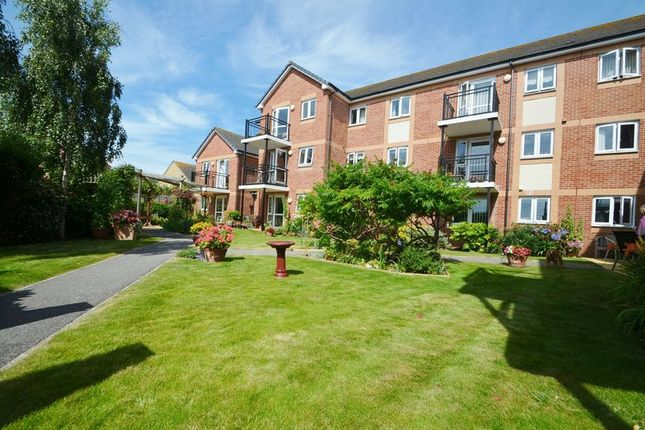 Thumbnail Property for sale in Two Bedroom Retirement Apartment, Dorchester Road, Lodmoor