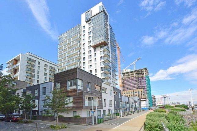 Thumbnail Detached house to rent in Barge Walk, Greenwich, London