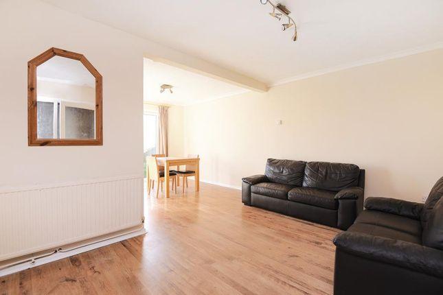 Living Room of Thatcham, Berkshire RG19