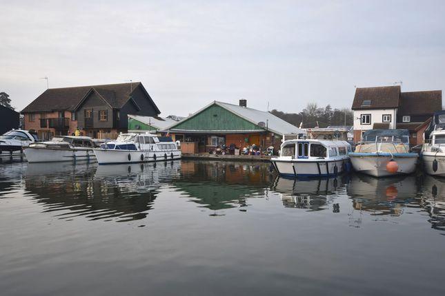 Thumbnail Pub/bar for sale in Peninsula, Wroxham