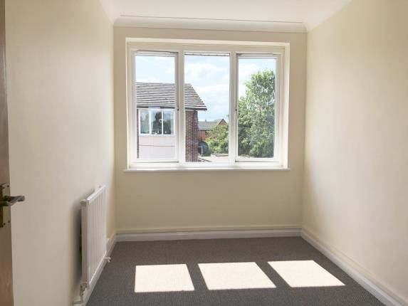 Bedroom 1 of Lizmans Court, Silkdale, Cowley, Oxford OX4