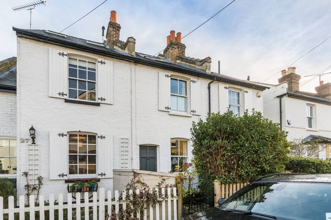 3 bed property for sale in New Road, Ham