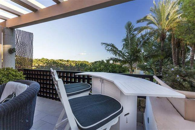 2 bed apartment for sale in Marbella, Spain