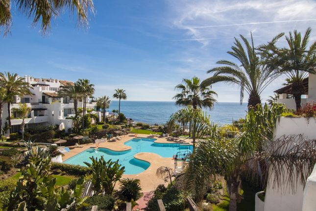 3 bed apartment for sale in Marbella, Andalucia, 29604, Spain