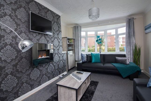Thumbnail Semi-detached house to rent in Tower View Road, Walsall, West Midlands