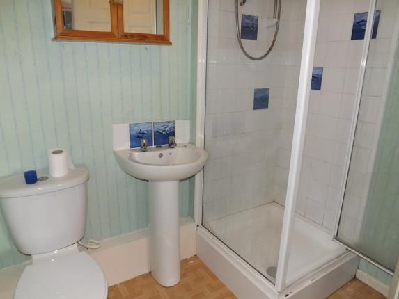 Bathroom of Lowes Court, 3-9 Shaw Road, Blackpool, Lancashire FY1