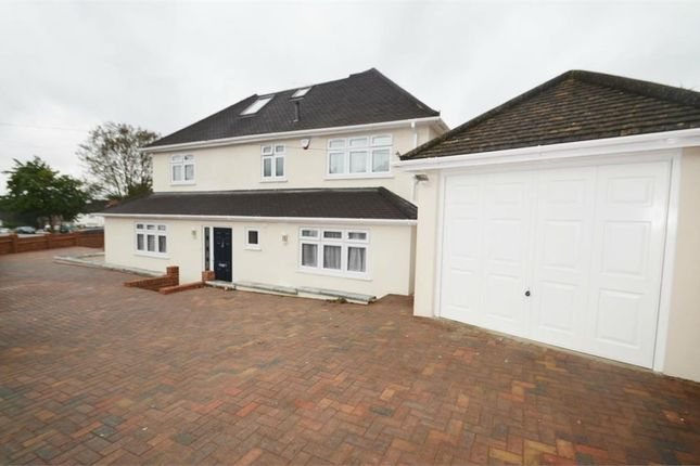 Thumbnail Semi-detached house to rent in Woodcote Avenue, Mill Hill