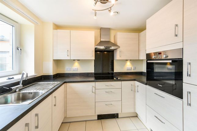 Thumbnail Flat for sale in Greenwood Grove West, Stewarton Road, Newton Mearns, Glasgow