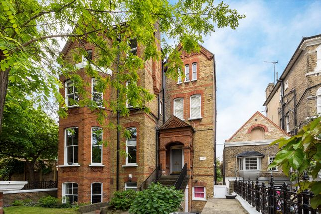 2 bed flat for sale in Macaulay Road, London