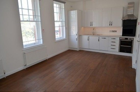 Thumbnail Flat to rent in Aldermans Hill, Palmers Green