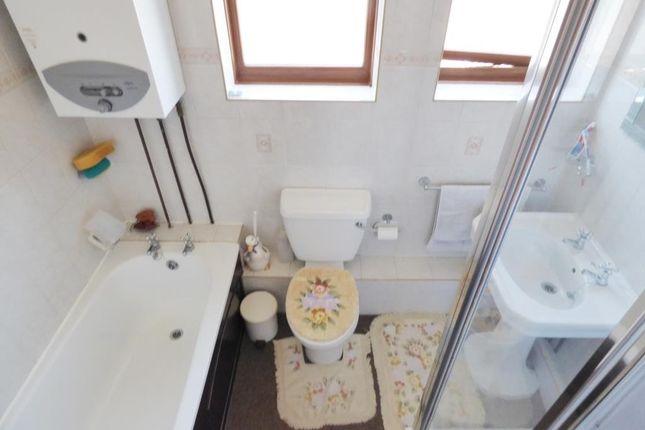 Family Bathroom of Harborough Road, Whitmore Park, Coventry CV6