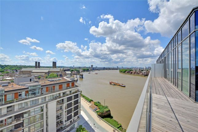 Picture No. 09 of Wyndham Apartments, 60 River Gardens Walk, Greenwich, London SE10