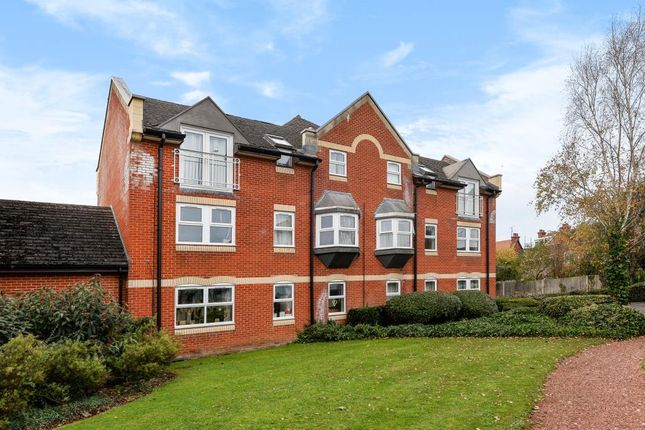 Thumbnail Flat for sale in Jackman Close, Abingdon-On-Thames
