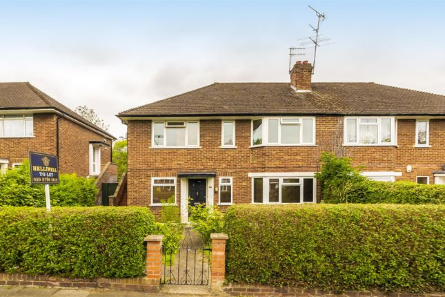 Flat to rent in Cavendish Avenue, Ealing
