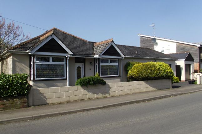 Thumbnail Bungalow for sale in Anchor Road, Calne