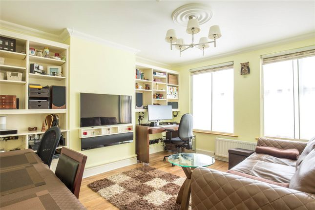 Thumbnail Property for sale in Aylmer Parade, Aylmer Parade, East Finchley, London