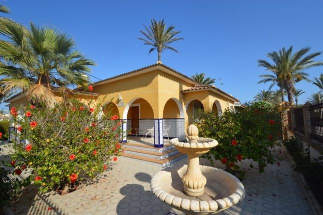 Thumbnail Villa for sale in 03189 Cabo Roig, Alicante, Spain
