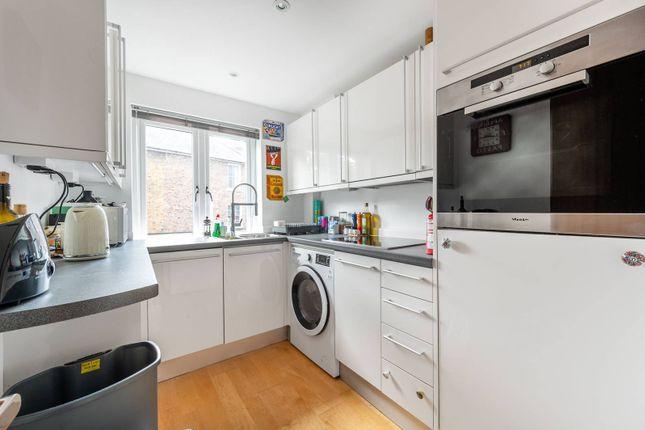Thumbnail Flat to rent in Friars Lane, Richmond Green, Richmond
