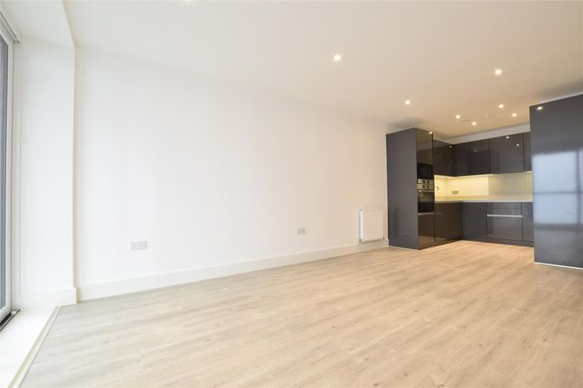 Thumbnail Flat to rent in Brunswick House, Homefield Rise, Orpington, Orpington