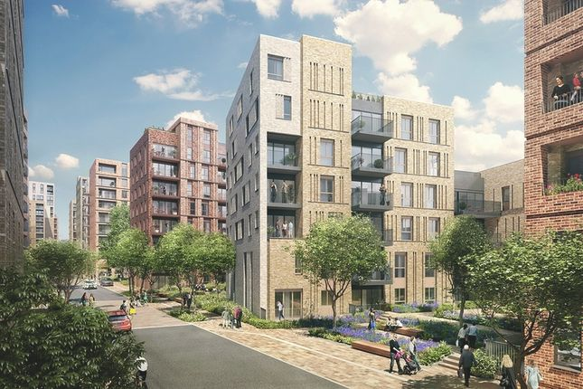 Thumbnail Flat for sale in Clarendon Road, London