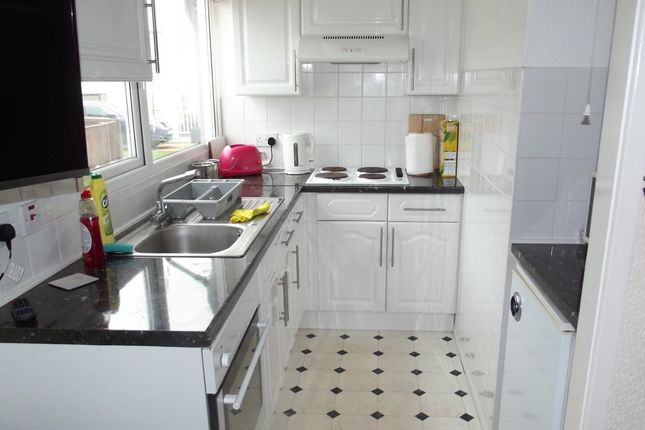 Kitchen of 15A Fourth Avenue, South Shore Holiday Village, Bridlington YO15