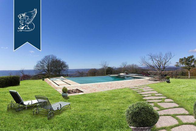Thumbnail Country house for sale in Orvieto, Terni, Umbria