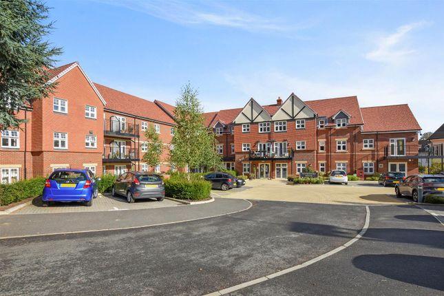 1 bed flat for sale in Marple Lane, Chalfont St. Peter, Gerrards Cross SL9