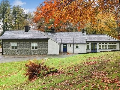 4 bed detached bungalow for sale in Mid-Lodge, Penninghame, Newton Stewart DG8