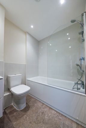 1 bedroom flat for sale in Bessemer Road, Welwyn Garden City