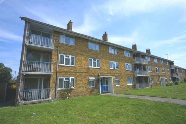 Thumbnail Flat to rent in St. James Close, Shirley, Southampton