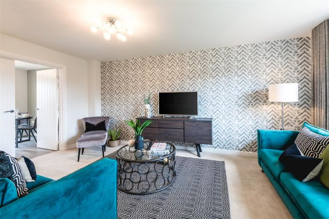 3 bed town house for sale in Manor View Gardens, Overseal, Swadlincote DE12
