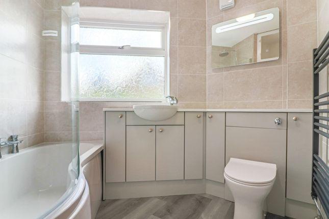 Bathroom of Cheapside, Waltham, Grimsby DN37