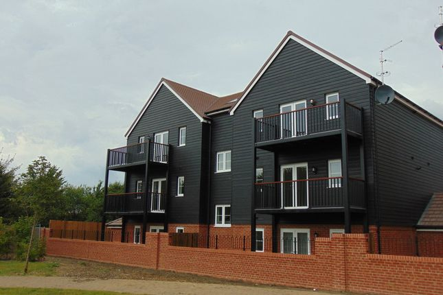 Flat to rent in Ryeland Way, Kingsnorth, Ashford