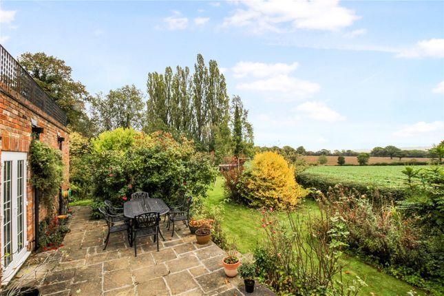 Picture No. 30 of Bulstrode Lane, Felden, Hemel Hempstead, Hertfordshire HP3